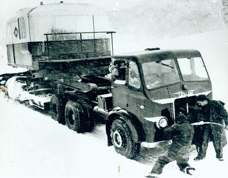 Truck in blizzard during the construction of the Snowy Mountains Scheme